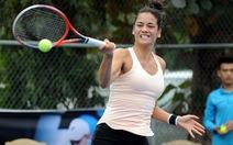 Tay vợt Việt kiều Alize Lim đổ bệnh tại Nghệ An