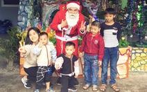 Những ông già Noel sinh viên gây quỹ từ thiện