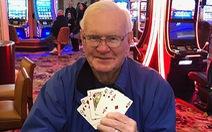 Cụ ông 85 tuổi cược 5 đô kiếm... triệu đô