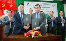 Bridgestone Việt Nam tặng 20 thùng rác thông minh cho thành phố Huế