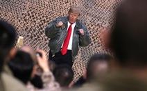 Ông Trump bất ngờ bay xuyên đêm thăm binh sĩ Mỹ ở Iraq
