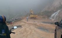 Mưa lớn, đèo Khánh Lê nối Nha Trang - Đà Lạt sạt lở nghiêm trọng