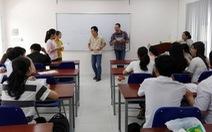 Sinh viên thiếu môi trường học tiếng Anh