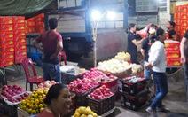 Khởi tố 3 đối tượng 'bảo kê' chợ Long Biên