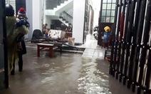 Mưa lớn ngập cục bộ, Quảng Nam cho học sinh nghỉ học ngày 10-12