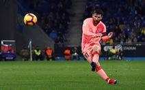 Messi vẫn chất: hai cú đá phạt thần sầu quỷ khốc trong một trận