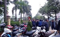 Lại tái diễn cảnh 'vây' trụ sở VFF để mua vé trận VN- Malaysia