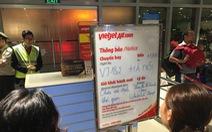 Khách phản ứng khi Vietjet thông báo 'chưa xác định thời gian khởi hành'