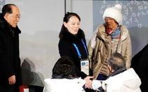 Chuyên cơ Triều Tiên đáp xuống, tinh thần dân tộc Triều Tiên bay lên