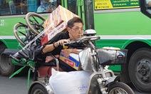 Nhói tim với hai hình ảnh chiều giáp tết Sài Gòn