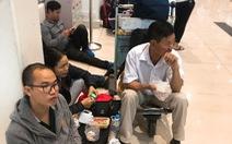 Nhiều chuyến bay tết chậm hơn 12 tiếng, hành khách vật vã chờ