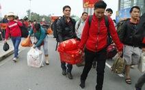 Tàu xe 'nghĩa tình' đưa hàng ngàn công nhân về quê đón tết