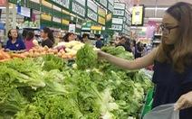 29 tháng Chạp, người Sài Gòn chen chúc sắm đồ ăn Tết