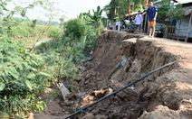 Dân bất an vì đường sụt lún