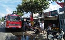 Tiệm sửa xe khóa kín cửa cháy rụi ngày mùng 3 tết