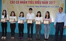 An Giang trao thưởng hơn 1 tỉ đồng cho 173 sinh viên, học sinh...