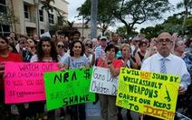 Xả súng giết người, học sinh tố Tổng thống, Tổng thống tố đối thủ