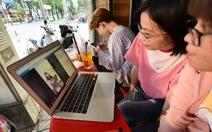 Livestream bán hàng trên mạng: nghề hot cho 'MC' trẻ đẹp