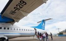 Bị phạt 15 triệu vì tự ý mở cửa thoát hiểm trên máy bay