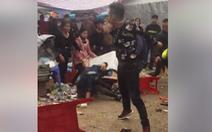 Một thanh niên bị đánh hội đồng tới tấp gần chùa Đậu, Hà Nội
