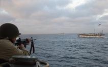 Tàu cá Trung Quốc chơi trò ruồi bu vây ép tuần duyên Argentina