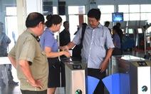 Hành khách đến ga trước 30 phút tránh kẹt xe trễ tàu