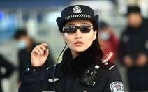 Cảnh sát Trung Quốc đeo 'kính thần' dò tội phạm