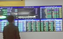 Chứng khoán xanh sau 'rực lửa', nhà đầu tư ngoại thắng lớn