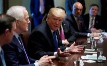 Ông Trump ủng hộ kiểm soát súng, Quốc hội Mỹ choáng váng