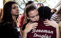 Bang Florida phê chuẩn luật mới về an toàn súng đạn