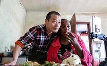 Dân Trung Quốc tò mò khi đàn ông lấy vợ châu Phi