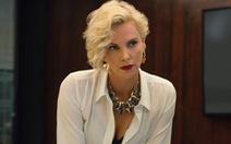 Charlize Theron hấp dẫn chết người trong phim hài Gringo