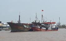 Lại xuất hiện tàu 'ma' có chữ Trung Quốc ở biển Bạc Liêu