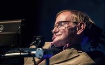 Có một Stephen Hawking thích được xem là nhà văn