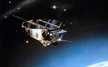 Những lần rơi vệ tinh khiến Trái đất 'thót tim'