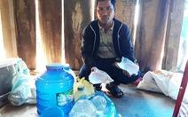 Cơn ác mộng của làng quê hàng chục người ngộ độc rượu