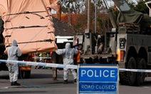 Chuyên gia vũ khí quốc tế đến Anh hỗ trợ điều tra