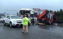 Điều tra nguyên nhân 4 vụ tai nạn trong vài giờ trên cao tốc Pháp Vân - Cầu Giẽ
