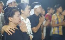 Người dân ra đường tiễn cố Thủ tướng Phan Văn Khải