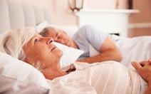 Mất ngủ ở người già và cách khắc phục