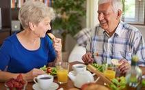 Người cao tuổi có cần bổ sung vitamin?