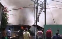 Cháy xưởng gỗ nghi do bất cẩn lúc hàn xì