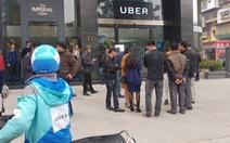 Uber về tay Grab, tài xế phân vân, khách hàng lo độc quyền