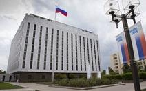Mỹ trục xuất 60 nhà ngoại giao Nga