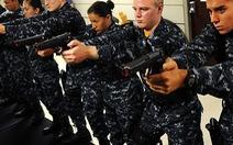 Lính hải quân Mỹ rèn luyện như siêu nhân