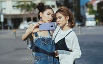 Bí quyết selfie đẹp như siêu mẫu Thùy Dương