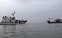 Cảnh sát biển cứu tàu cá cùng 9 thuyền viên trôi dạt trên biển