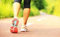 Tốc độ đi giúp chẩn đoán giảm trí nhớ