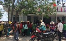 Dân phản ứng vì nhiều cán bộ xã được hỗ trợ thiệt hại bão
