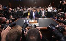 Hình ảnh biết nói trong phiên điều trần của ông chủ Facebook